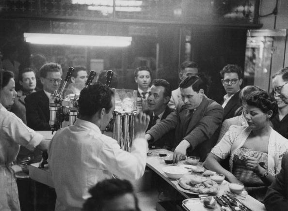 moka06_29 Frith Street 1954 August - Moka Bar.jpg