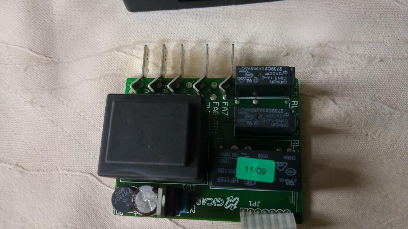 Trafo und Kondensatoren.jpg