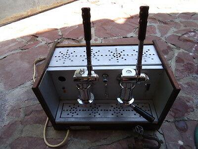 VINTAGE-Handhebel-Espresso-Maschine.jpg